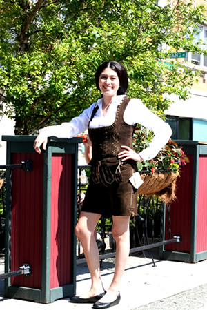 Leather trachen vest with shorts and blouse
